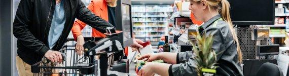Jak zapłacić za zakupy bez karty i portfela?