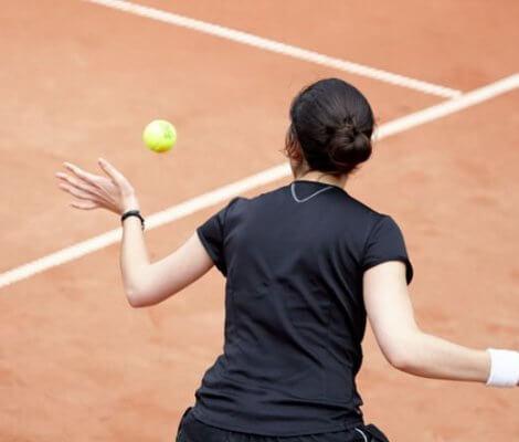 Wielkie sukcesy to efekt pracy u podstaw. Bank BNP Paribas budzi w dzieciach tenisową pasję