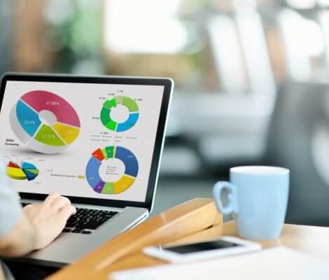 Rachunek maklerski – co to jest, jak działa, dlaczego warto go założyć?