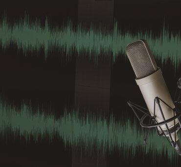 Inspirujemy, słuchamy, dajemy głos innym. Naszych podcastów słucha coraz więcej osób