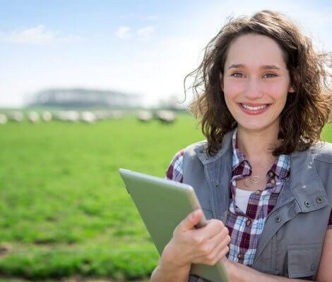 Kalkulator emisji gazów cieplarnianych dla rolników – nowe narzędzie w drodze do zrównoważonej produkcji