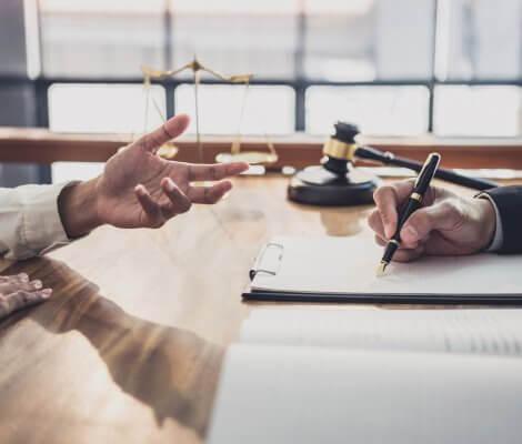 Jak sporządzić testament i uwzględnić inne zobowiązania finansowe?